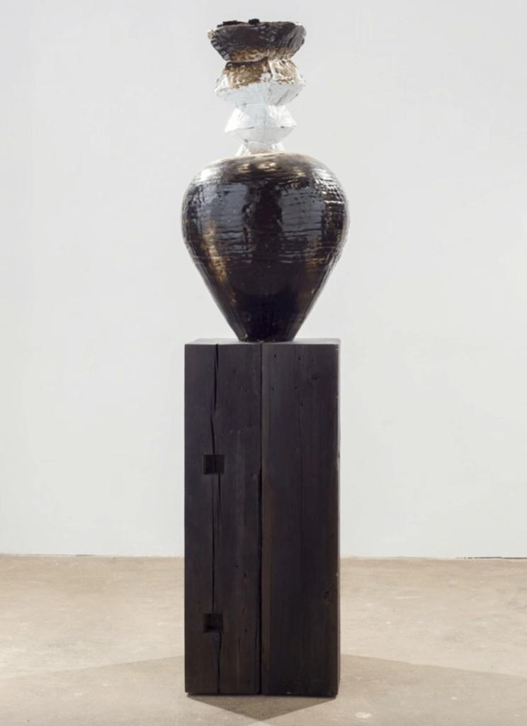 THEASTER GATES Tarred pot, 2015 Clay, tar, wood, Ceramics, sculpture, vessels, texture